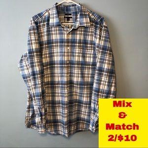 Gap Classic Fit Button Down Shirt Size XL